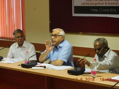 "Shri Devasahayam at Political Forum ""Democracy in Distress"""