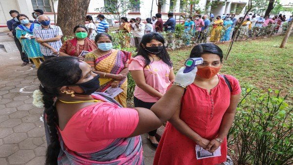 https://www.oneindia.com/india/tamil-nadu-assembly-election-2021-71-79-per-cent-voter-turnout-recorded-so-far-3240951.html